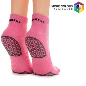 Skidders Gripper Yoga & Pilates Socks - One Pair